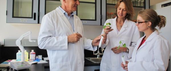 Marcus Meadows-Smith, with Bio Consortia Scientists