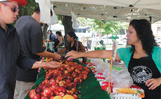 Farmers Markets Try to Weather the Drought