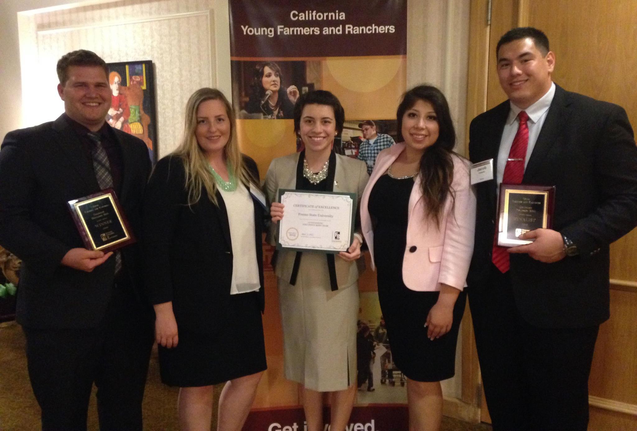 CA Farm Bureau Awards Ag Students