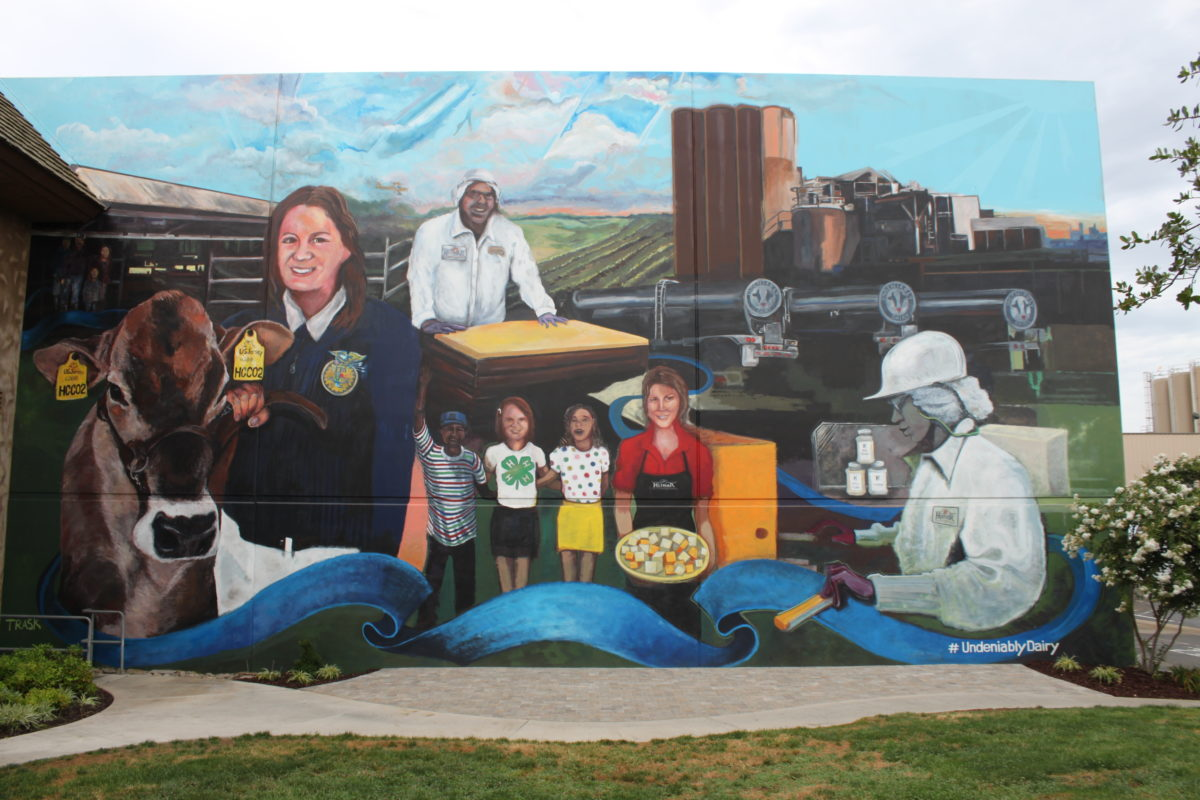 Hilmar Cheese Company Unveils Largest Dairy Mural in the U.S.