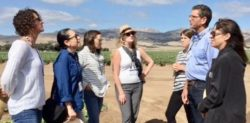 """""""Facts Not Fear"""" Tour Brings Consumers One Step Closer to the Farm"""
